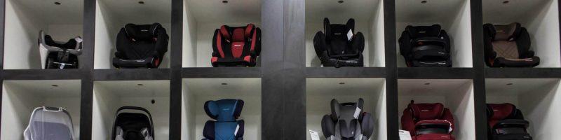 Як захистити дитину в автомобілі під час подорожі?